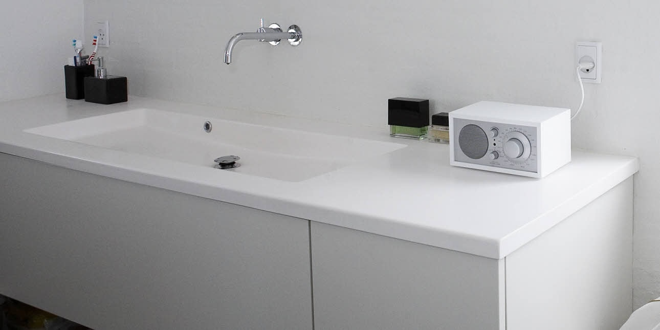 Corian/ Solid Surface